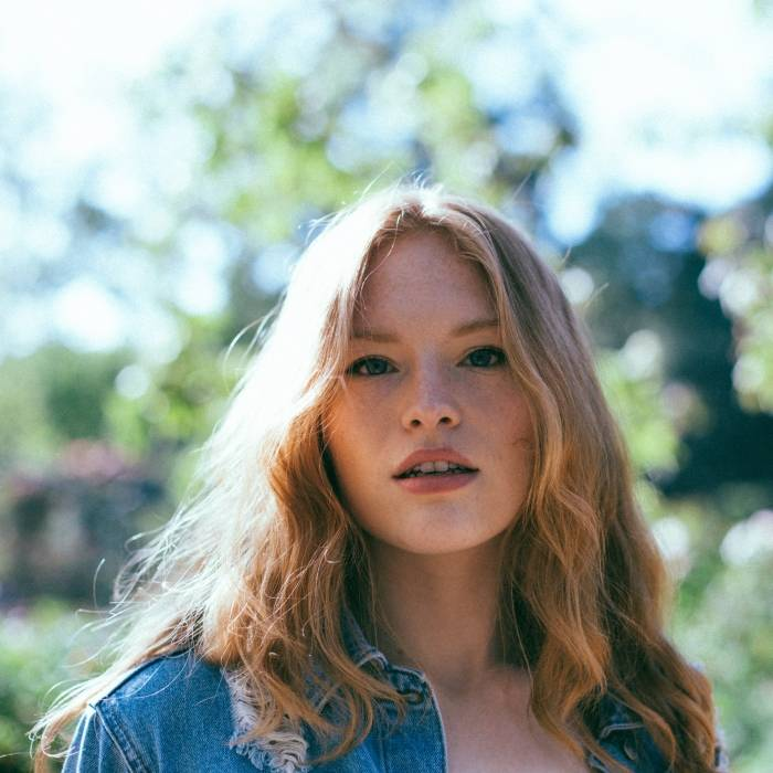 Freya Ridings I @Ryan Jafarzadeh